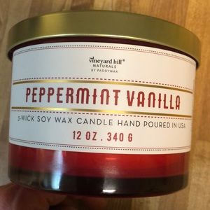 Vineyard Hill Naturals 12oz 3 wick candle. New!